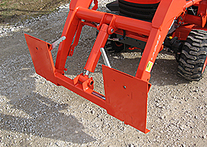 Adapter brackets for Sub-Compact Loaders with single center cylinder.